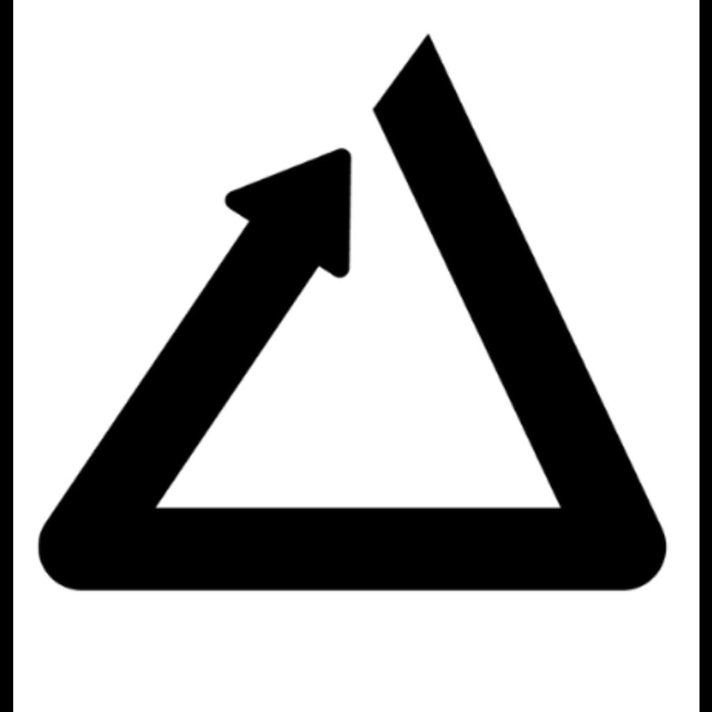 PREIV Immobilien GmbH Logo Dreieck