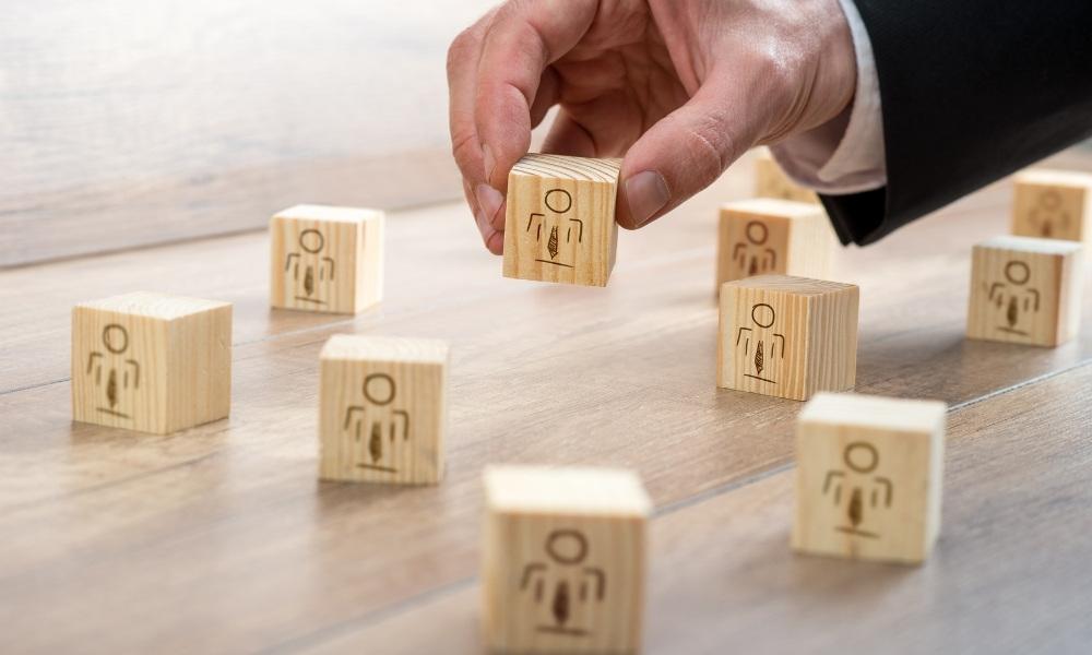 PREIV Immobilien GmbH_Banken_110 Prozent Finanzierung_Auswahl_Investment_Eigentumswohnungen_Mehrfamilienhäuser_Düsseldorf